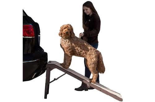 Pet Gear Free-Standing Lightweight Pet Ramp for SUVSupporting 200-300 lbs
