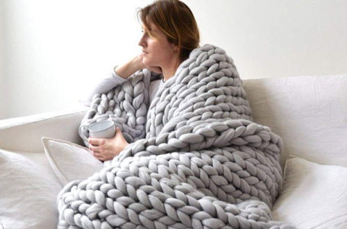 VIYEARSoft Handmade Knitting Throw for Bedroom Sofa