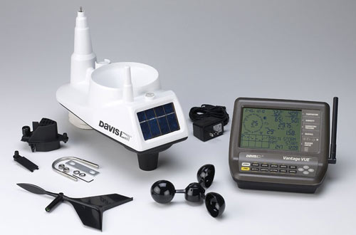 Davis Instruments Vantage Vue Wireless Weather Station with LCD Console