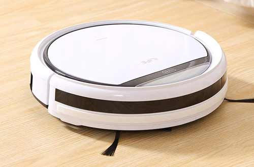 Automatic Self-Charging Robotic Vacuum Cleaner